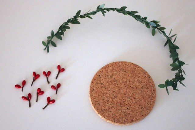 festive-holiday-coasters-materials-each
