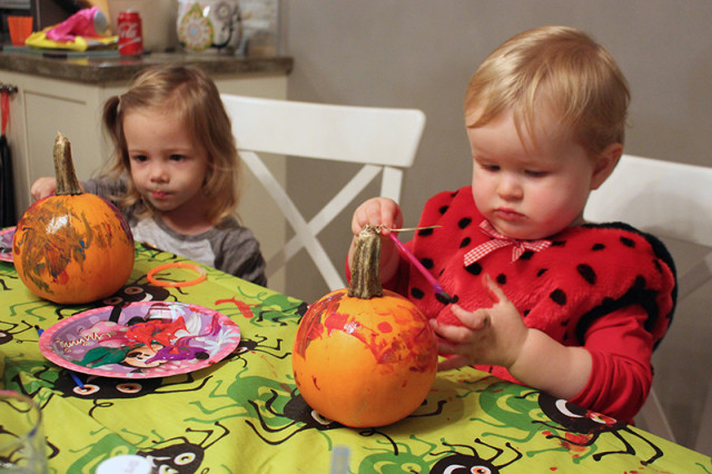 painting-pumpkin-party
