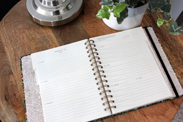 rifle-paper-co-2018-planner-inside