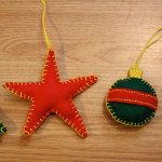 simple-felt-ornaments