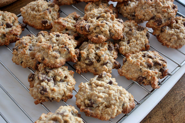 salted-chocolate-chip-oatmeal-cookies