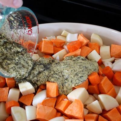dijon-herb-roasted-vegetables-chicken-thighs