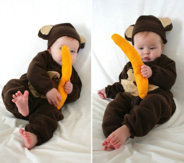 baby-monkey-costume-banana-toy