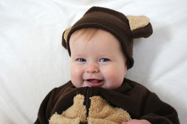 baby-monkey-costume-smile