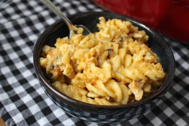 cheesy-turkey-pasta-bake-bowl