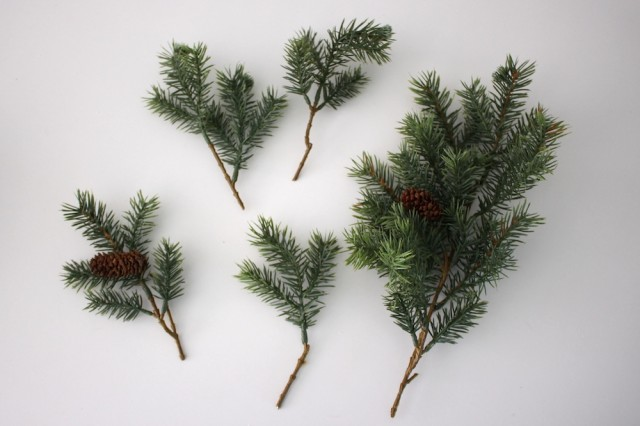 faux-spruce-needles