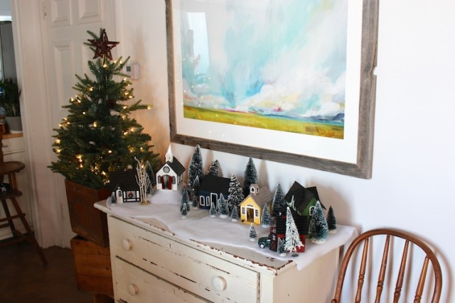 handmade-christmas-village-buffet