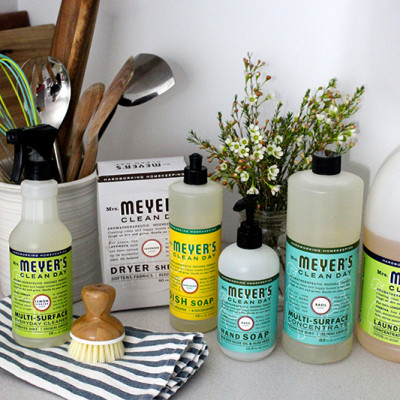 5 Tips for a Clean Kitchen + a Mrs. Meyer's Giveaway!