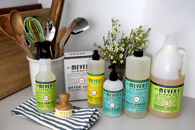 5 Tips For A Clean Kitchen A Mrs Meyer S Giveaway