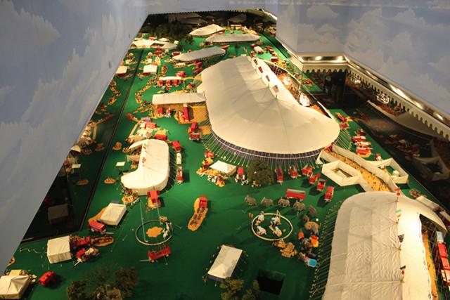 ringling-minature-circus-tents