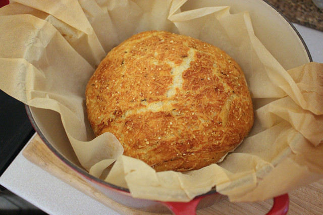 rustic-rosemary-parmesan-bread-dutch-oven