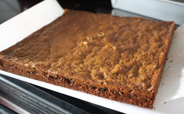 butter-tart-squares-cooling-rack