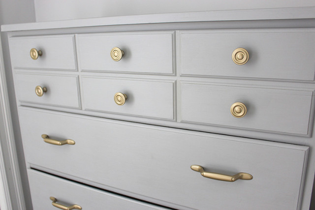 dresser-handles-rustoleum-metallics-pure-gold