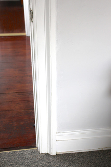 original-baseboards-trim-1903-farmhouse