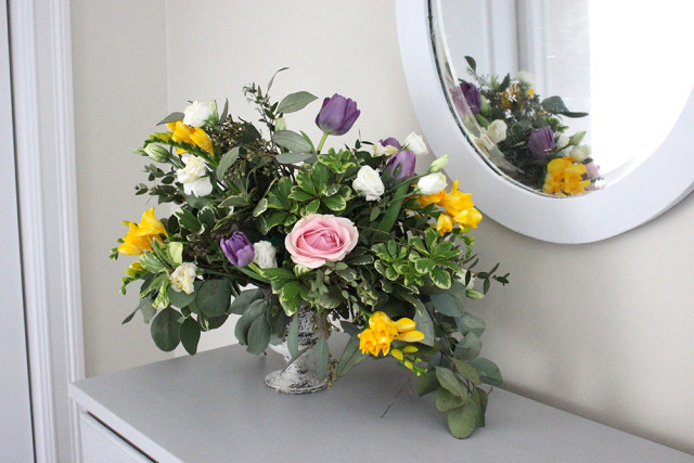 dutch-masterpiece-flower-arrangement