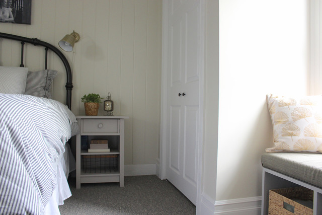 nightstand-closet-master-bedroom
