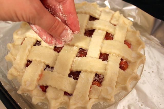 sprinkle-sugar-pie-crust