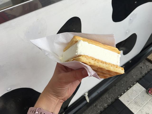 cne-ice-cream-waffle-sandwich