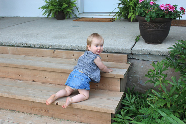 toddler-porch-steps