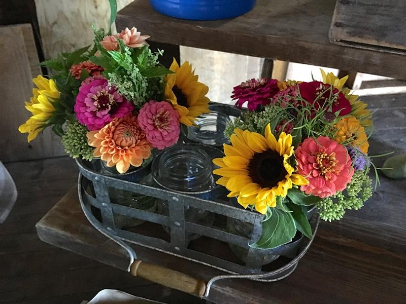 wendalane-farm-flower-jars
