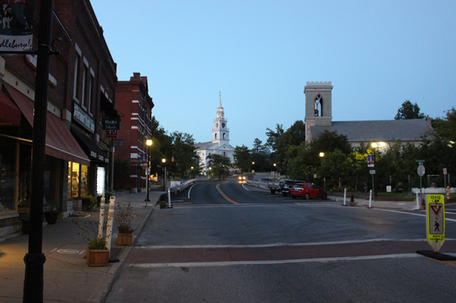 SRT17-middlebury-vermont-downtown-night