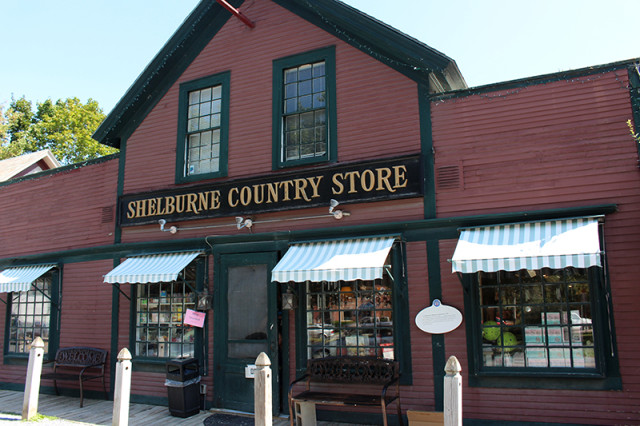 SRT17-shelburne-country-store-vermont