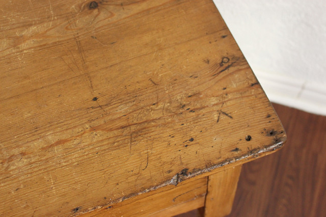 antique-wooden-table-worn-out