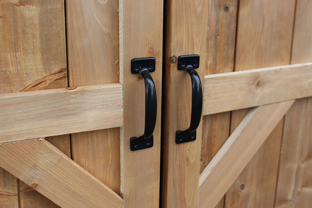 black-handles-shed