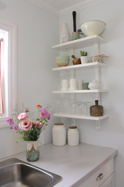 cloverhill-farmhouse-love-open-shelves