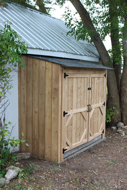 garbage-bin-lean-to-shed