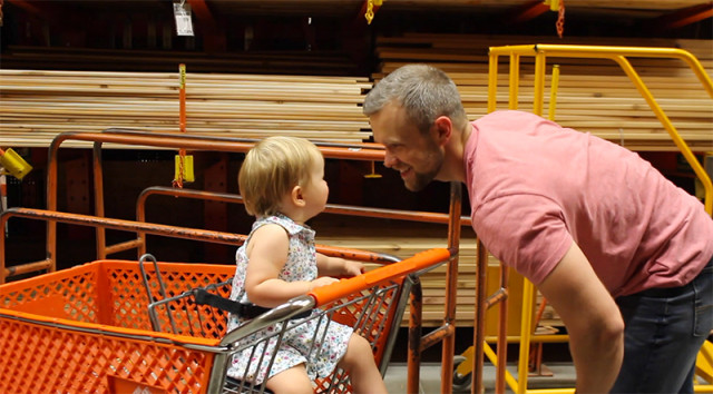 shopping-in-home-depot