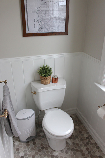farmhouse-powder-room-woodwork