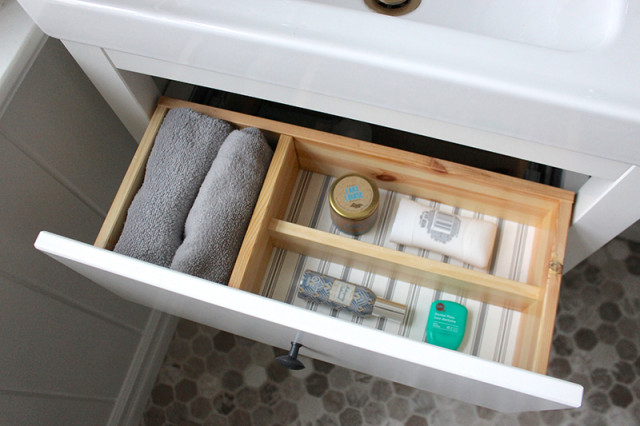 ikea-hemnes-powder-room-drawer