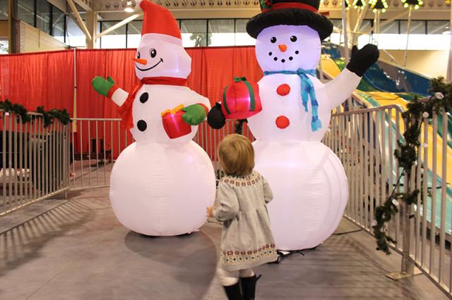 inflatable-snowmen