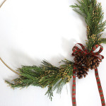 brass-ring-christmas-wreath-feature
