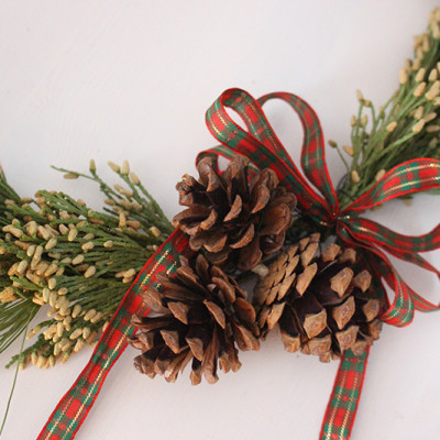 Brass Ring Christmas Wreath {Video}