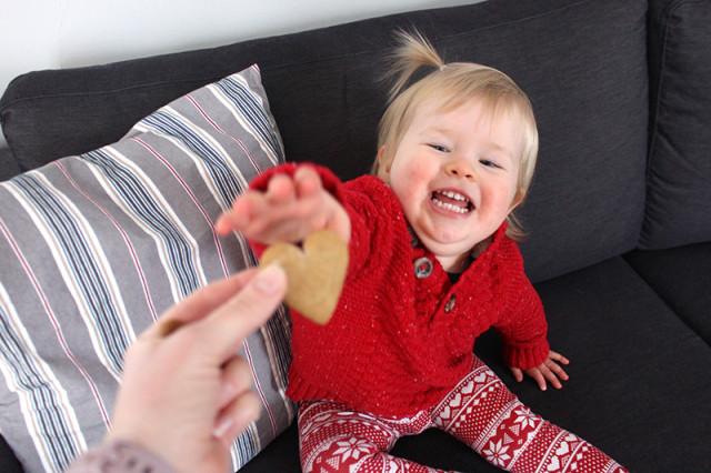 lucy-grabbing-gingerbread-cookies