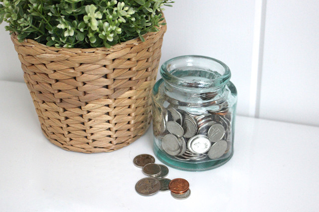 new-year-savings-coin-jar