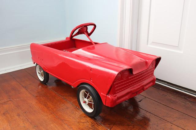retro-pedal-car-1960s-murra-flat-face