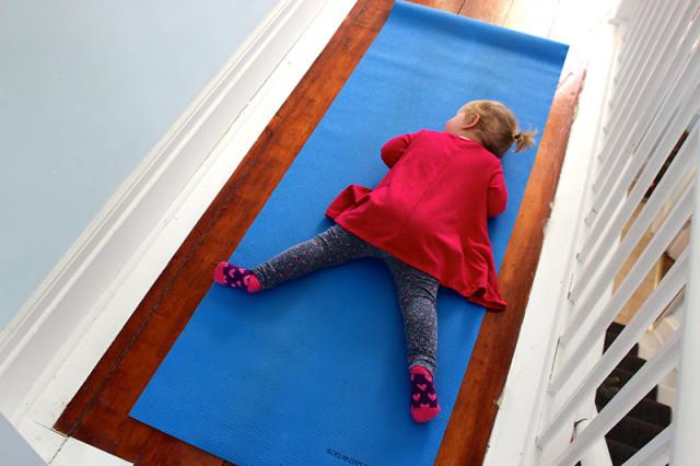 toddler-sleeping-yoga-mat