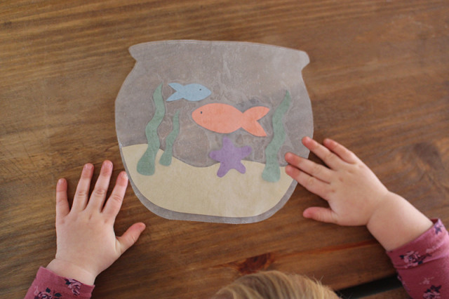 wax-paper-fish-bowl-kids-craft