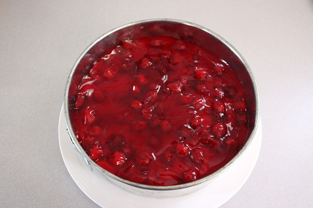 cherry-cheesecake-springform