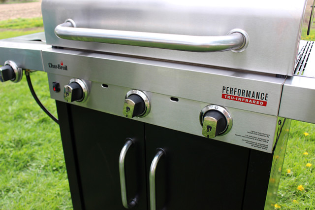 wayfair-canada-bbq-fathers-day-charbroil-knob