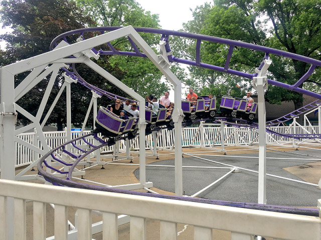 dutch-wonderland-pennsylvania-rollercoaster