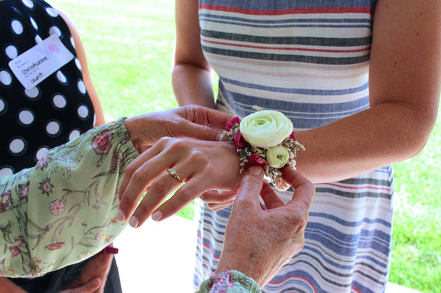 farmhouse-bridal-shower-corsage2