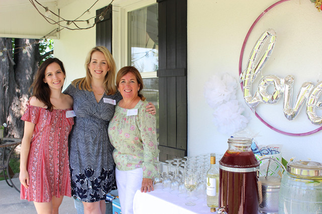 farmhouse-bridal-shower-hostesses