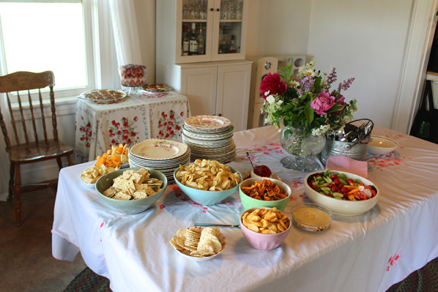 farmhouse-bridal-shower-lunch1