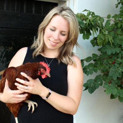 8 Essentials for Backyard Chickens