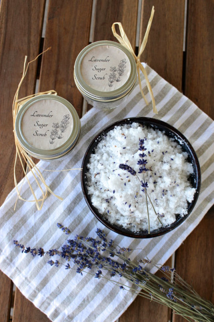 lavender-sugar-scrub-bridal-shower-gift