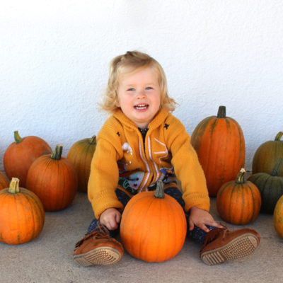 Our Family Fall Activities List – 25 Ways to Celebrate the Season